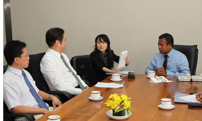 Wu Zhiming & Chandima Weerakkodi meet