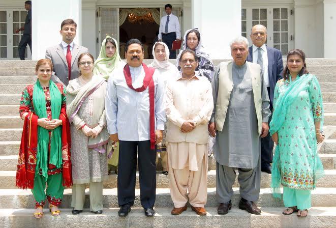 Balochistan Assembly Meets President Rajapaksa_