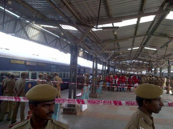 twin blasts at Chennai Central station 2