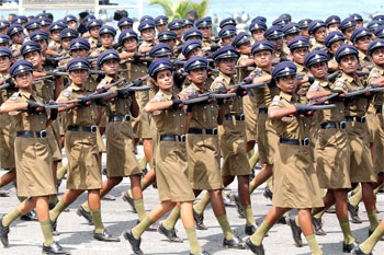 780231856police-parade2