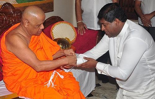 Ravi-Karunanayake1