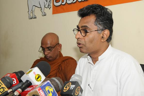 pathalee Champika & Rev Ratana thero